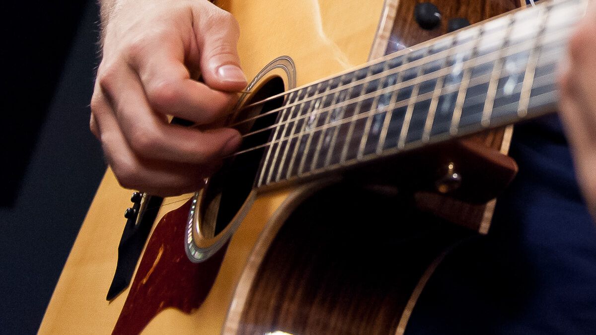 Free Beginner Guitar Lessons Basic Step By Step Lessons